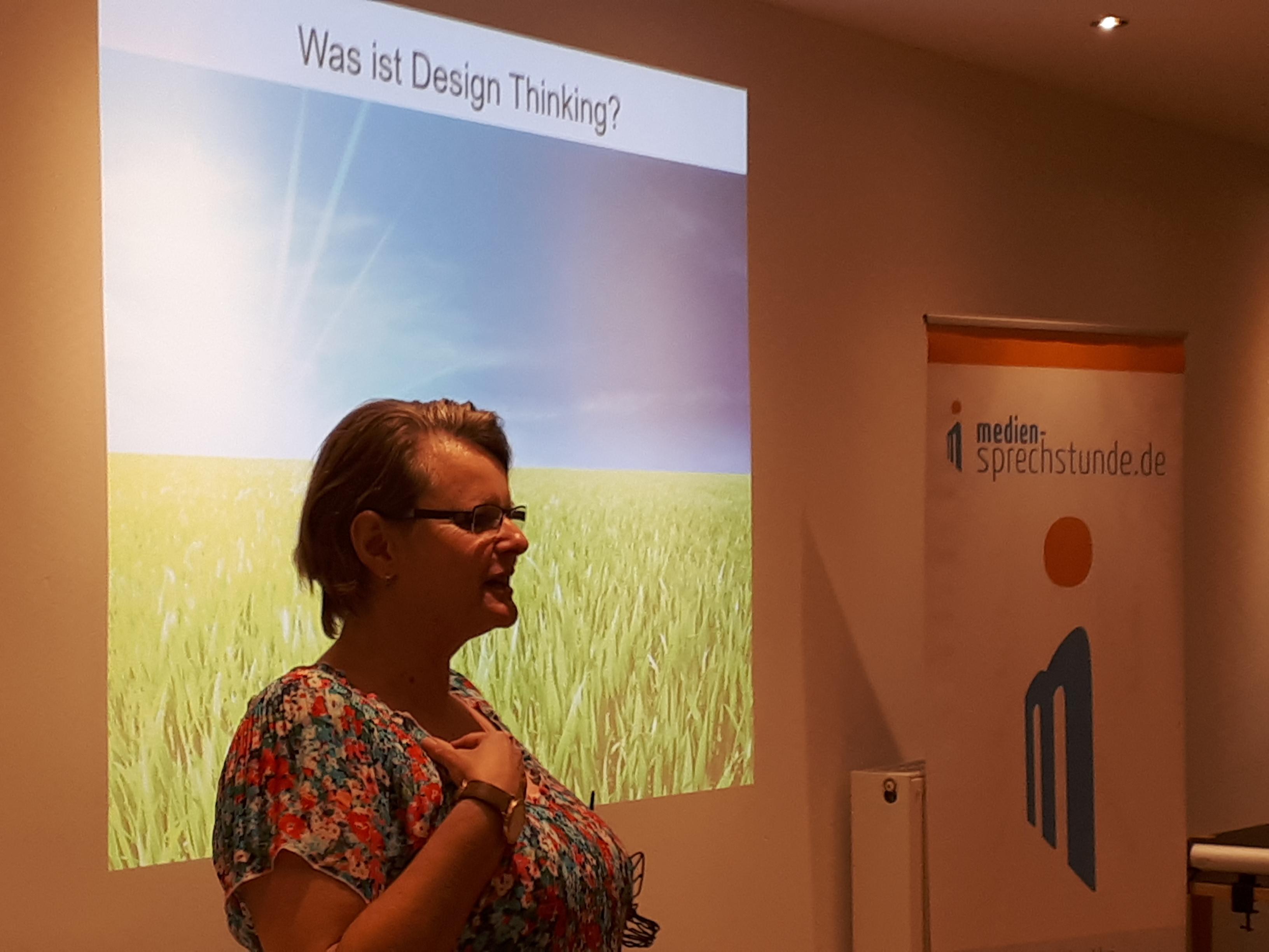 Sabine Stengel zu Design Thinking in der medien-sprechstunde